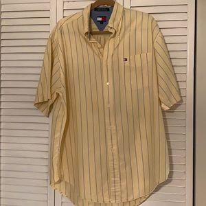 Tommy Hilfiger button down shirt. Men's large.